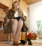 germannylonpics Mature woman in vintage pantyhose