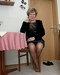 germannylonpics Mature woman in brown pantyhose with reincorced toe