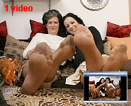 germannylonpics Mother and daughter in tan pantyhose.